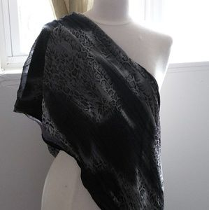 🔥Sexy Leopard Black and White print wrap scarf